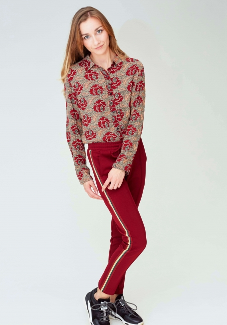Bordeauxrode trainer broek van Jade Twelve